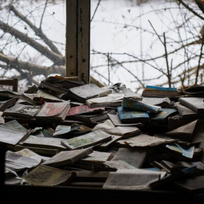 lot of books in PRIPYAT SCHOOL