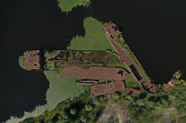 Chernobyl Abandoned Port-2 by chernobylstory.com