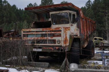 CHERNOBYL GRAVEYARD OF THE VEHICLES 2
